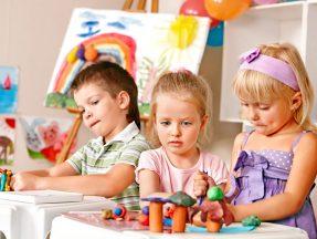 Toddler Program (18 months- 2.5 years)